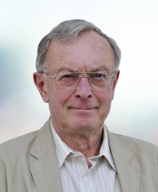 <b>Dr. med.-vet Gernot Schott</b><br>Vet.-Direktor a. D.