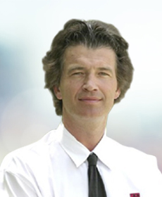 <b>Dr. med. Ekkehard Geist</b><br>Chefarzt Urologie