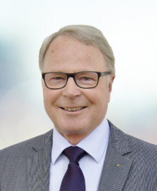 <b>Dipl.-Ing. Martin Rong</b><br>Geschäftsführer i. R.