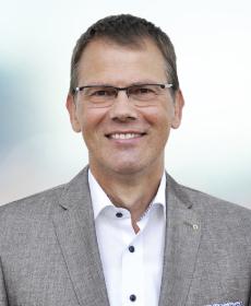 <b>Dipl.-Ing. Richard Ziegler</b><br>Geschäftsführer