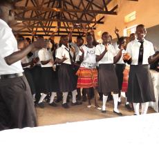 Schulbau in Uganda