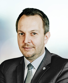 <b>Andreas Strobel</b><br>Clubmaster<br>Director of Sales and Marketing